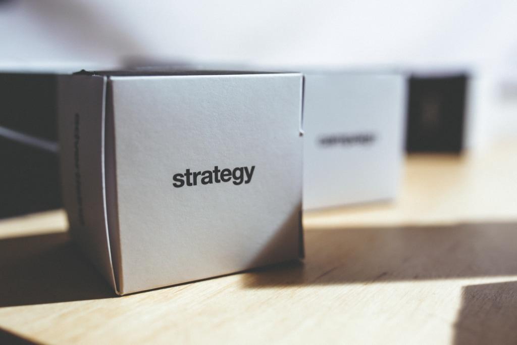 kaboompics.com_Strategy - box