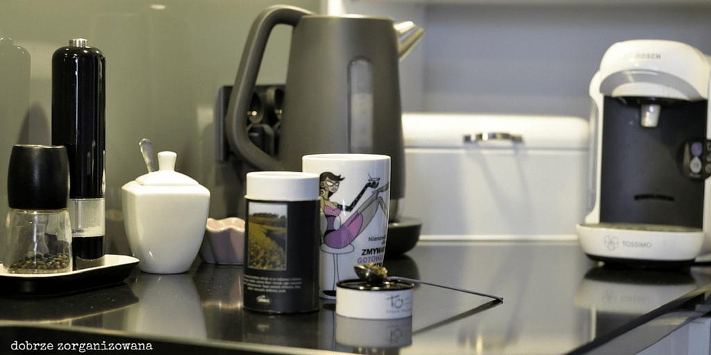 kącik kawowo-herbaciany - dobrze zorganizowana 1