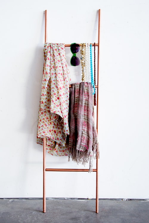 scarfladder01