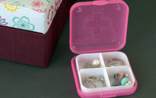 nowe zastosowania przedmiotów codziennego użytku - pudełko na tabletki