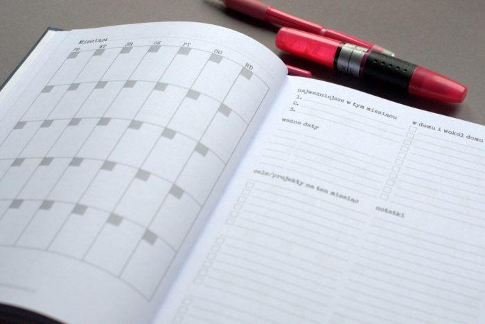 planer 2018 - plan miesiąca - dobrze zorganizowana